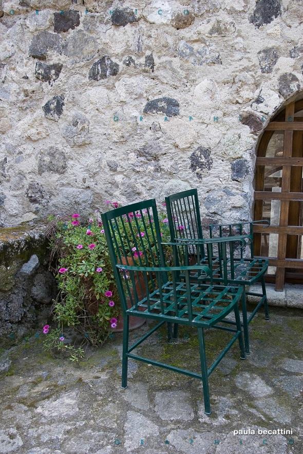 Due sedie da giardino