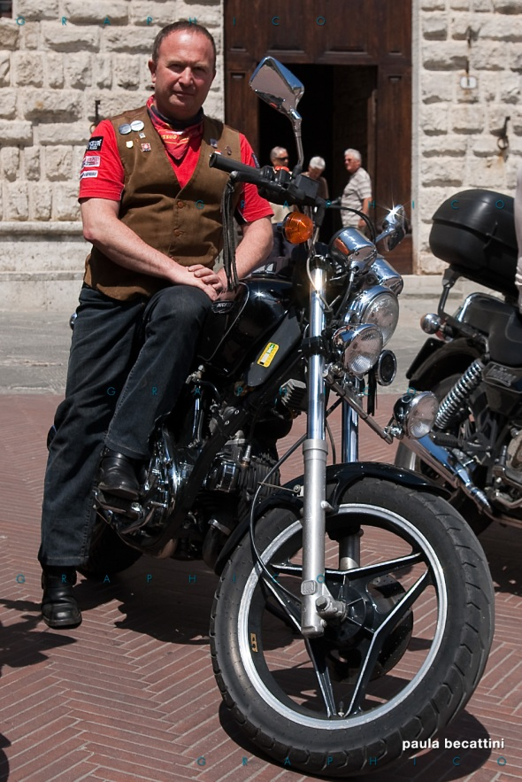 Francesco con la sua Indiana 650