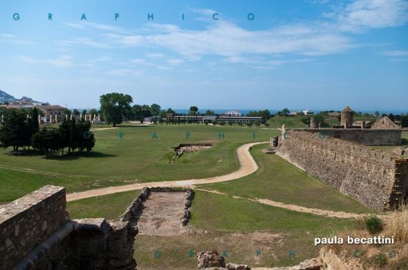 Veduta dall'alto delle mura della Cittadella di Roses