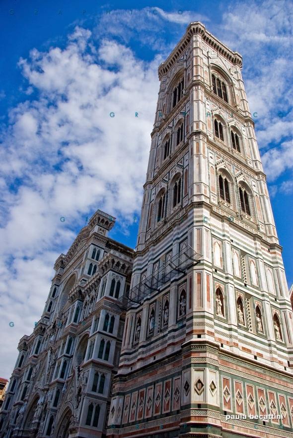 Firenze: il Duomo con Campanile di Giotto in primo piano