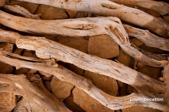 Travi in legno di un soffitto ksar, Tunisia